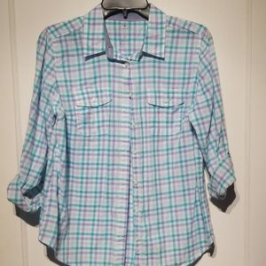 St. John's bay lightweight button down top PM U10